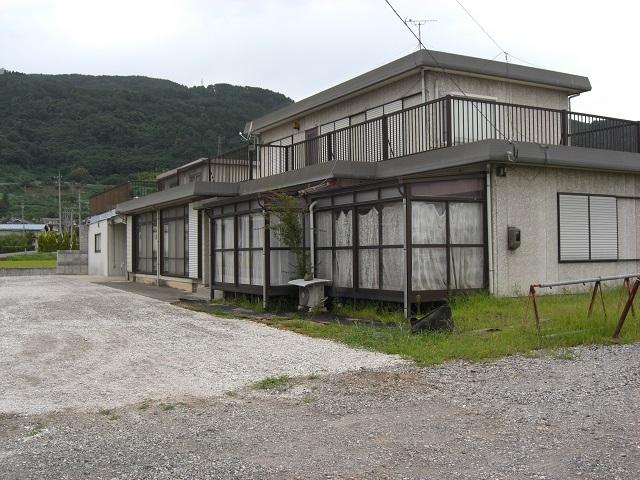 長野市篠ノ井塩崎 2065-1